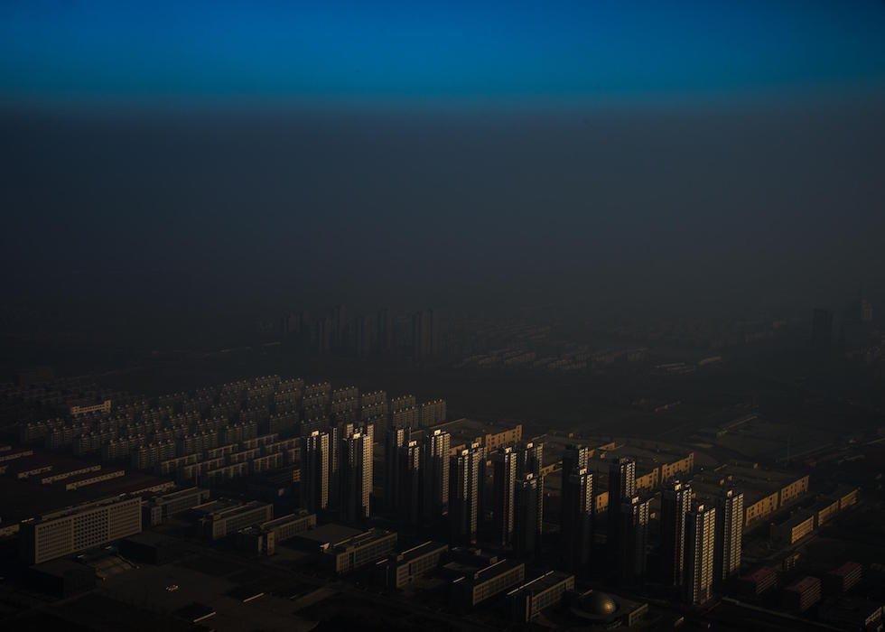 Zhang Lei, Cina, Tianjin Daily Nebbia in Cina Una città nel nord della Cina circondata dalla nebbia a Tianjin, Cina (World Press Photo)