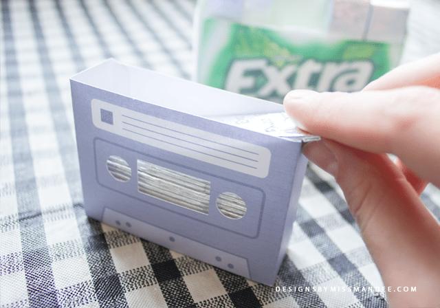 DIY Retro Gum Holder
