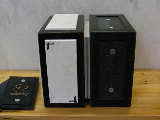 Paired niche urns