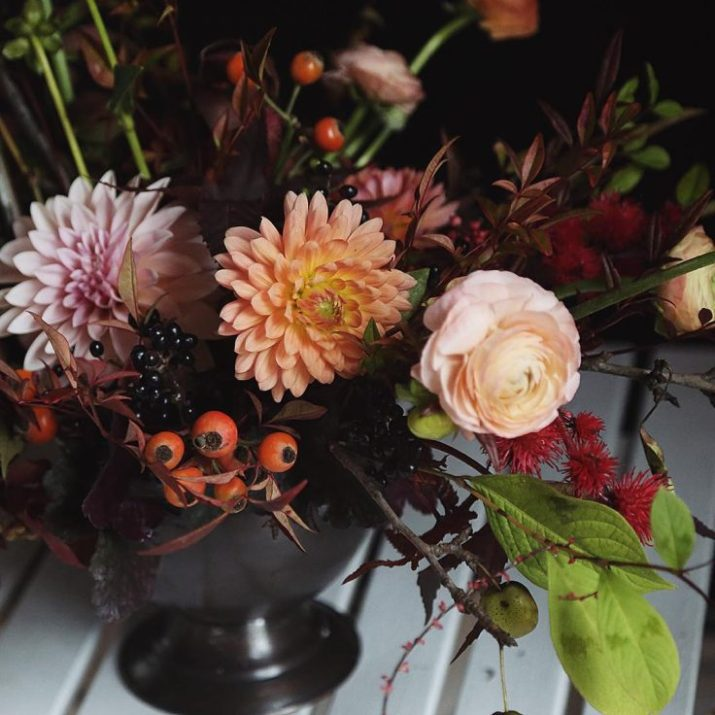 winter flower arrangements #winterflowerarrangement