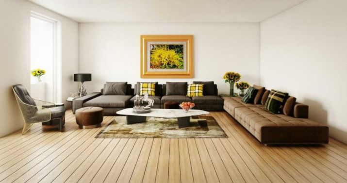Modern-living-room-with-wooden-floor-and-large-abstract-painting