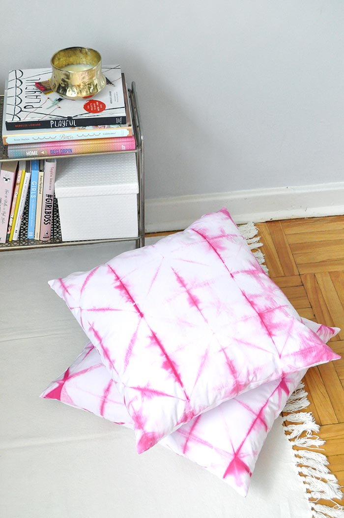 DIY Pink Shibori Cushions on Design*Sponge