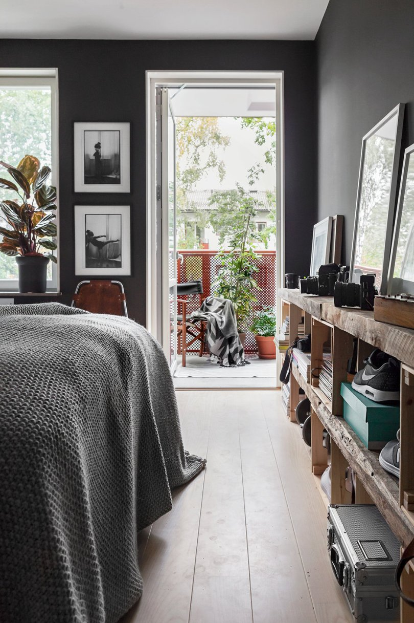 Gray Scandinavian interior, bedroom - Fantastic Frank via Design Studio 210