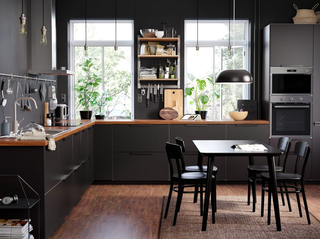 How Your Kitchen Furniture Can Help Make Cooking A More Enjoyable Experience