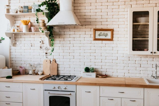 The Best Ways to Update Your Kitchen for Spring
