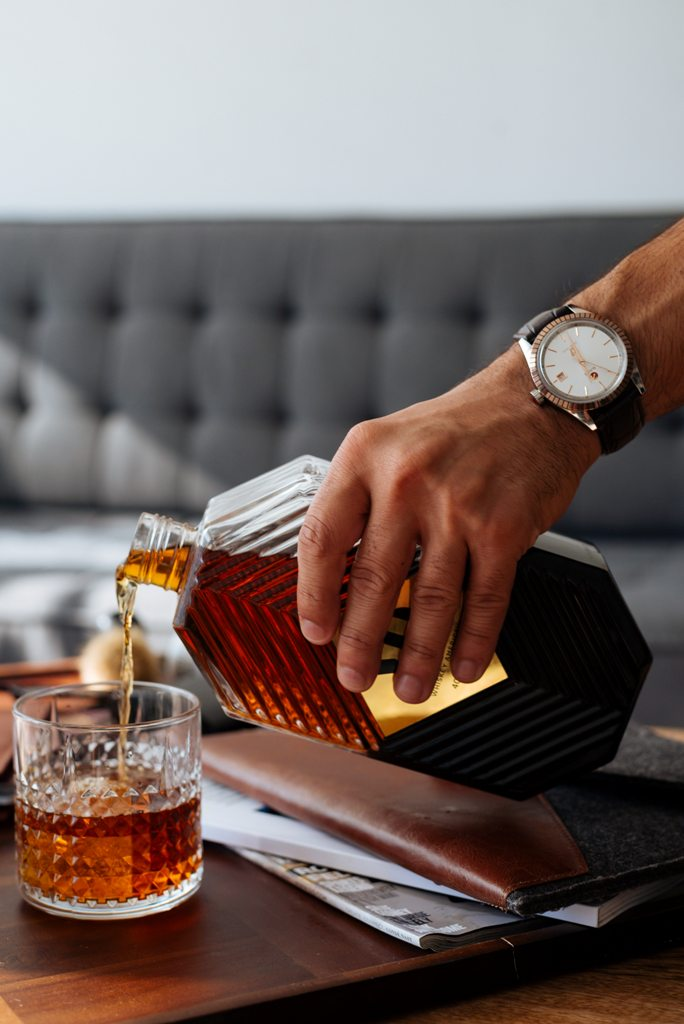 Aging Your Whiskey At Home - Master the Art