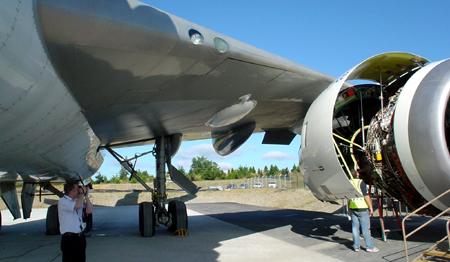 seattle boeing 787 engine