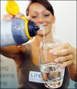 Life.Saver.Bottle.Filter