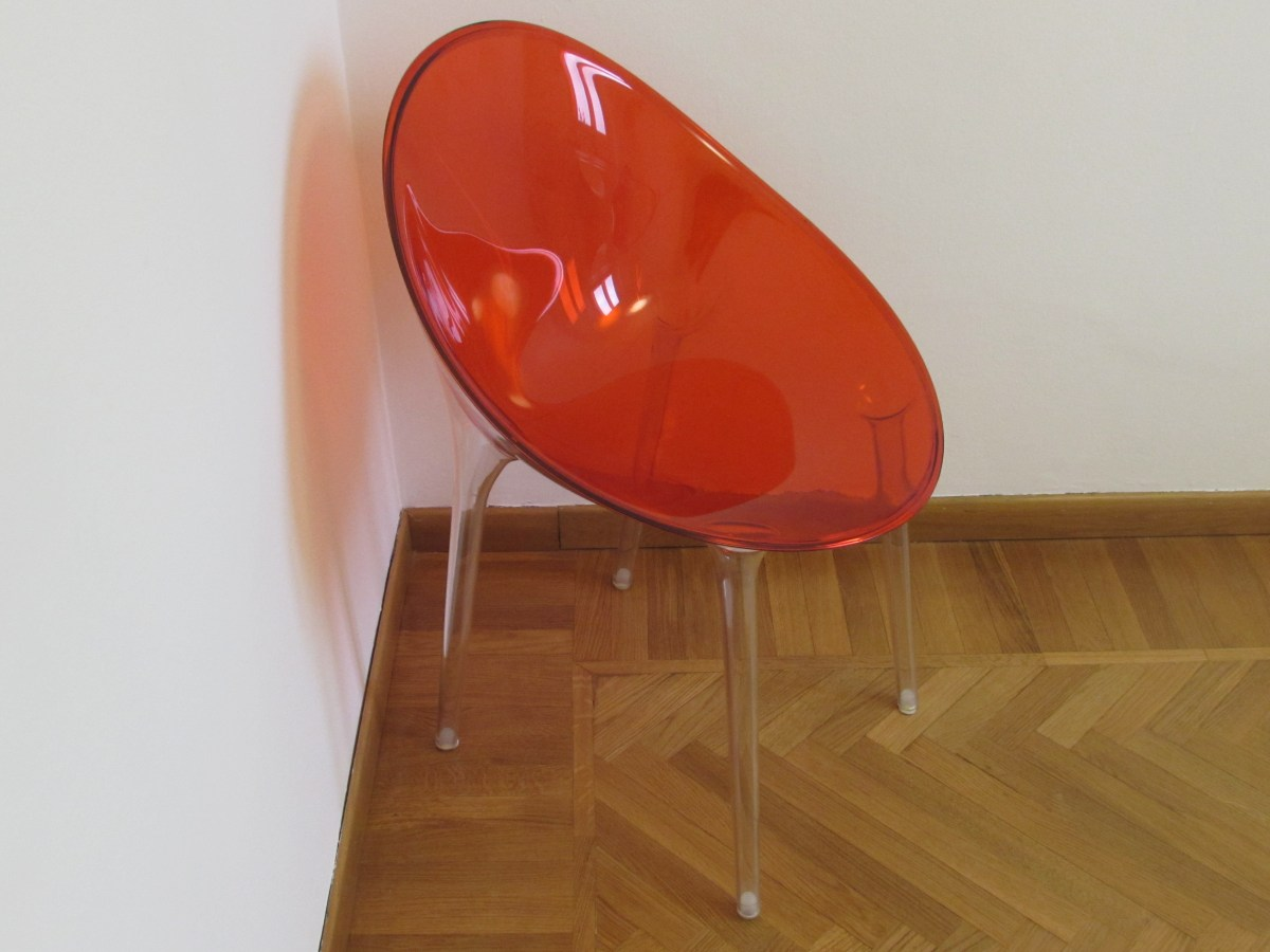 Poltroncine Mr Impossible di Philippe Starck per Kartell: 145 € cad.