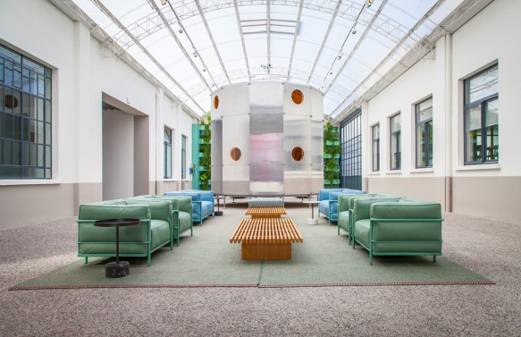 RESTYLING SEDE CASSINA