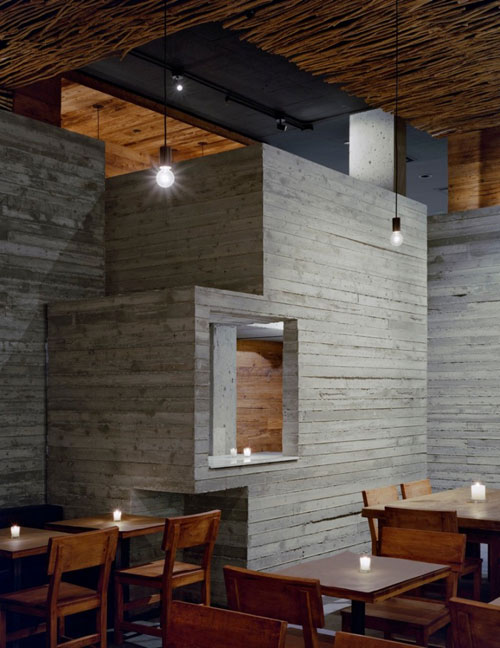 Pio Pio Restaurant in New York, USA 2 - Restaurants And Coffee Shops With Beautiful Interior Design
