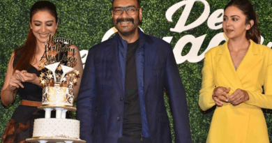 Ajay Devgn celebrates his birthday at De De Pyaar De trailer launch