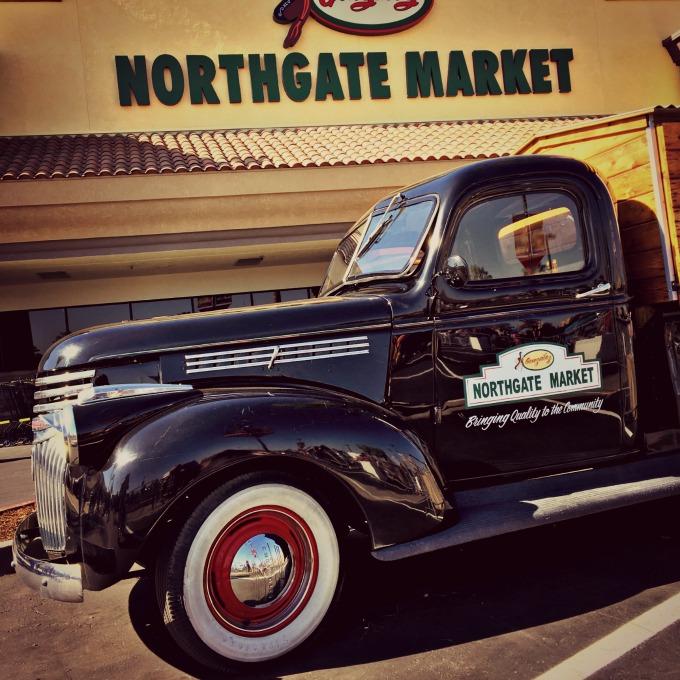 Northgate_Market_old_truck