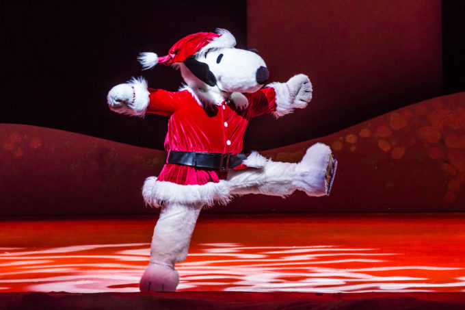 Snoopy Ice Show: Merry Christmas, Snoopy