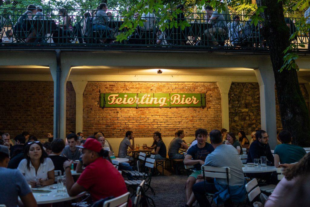 Freiburg im Breisgau, Germany, Feierling Biergarten, beer, wine, summer, people, øl, vin, sommer, mennesker, uteservering