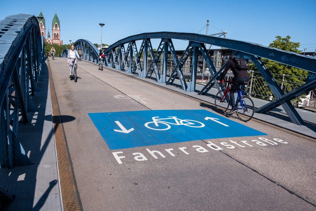 Freiburg im Breisgau , Tyskland Germany, Baden Württemberg, bike, bicycle, sykkel, grønn by