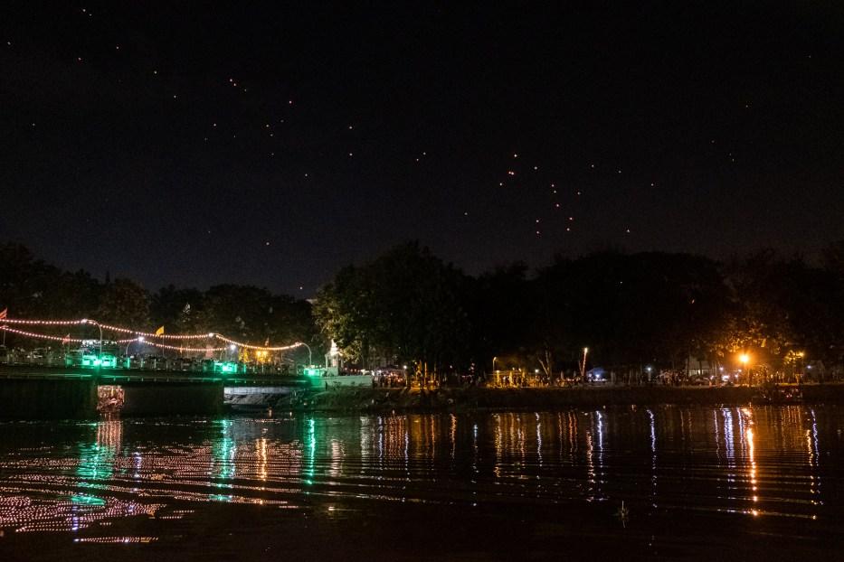 Chiang Mai, Thailand, Loy Krathong, light festival, Yee Peng, Ping river, lanterns
