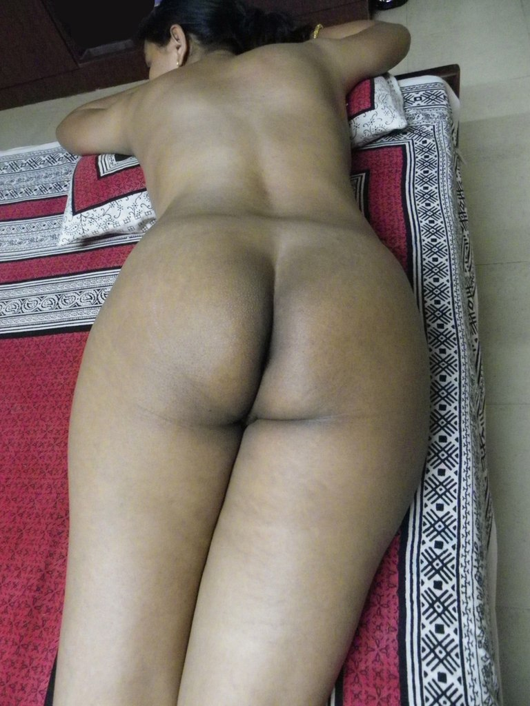 Sexy Indian Ass To Rub Your Penis