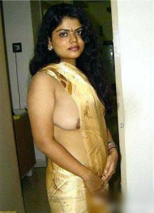 hot-nude-boob-sexy-desi-housewife