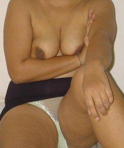 aunty naked nipples desi