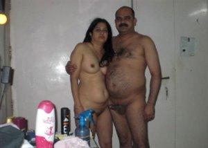 desi naked couple pic
