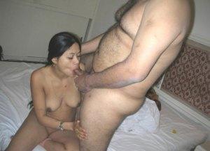 hot nude babe sucking dick