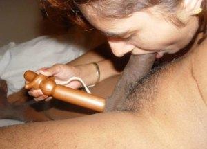 indian babe sucking dick