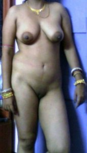 bhabhi lusty desi nude
