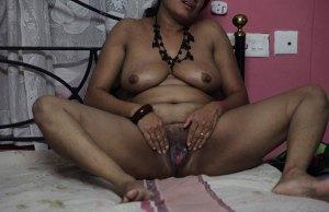 bhabhi naked hot desi