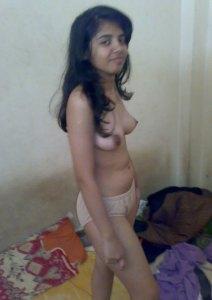 desi babe tits nude image