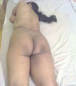 desi bhabhi booty naked photo