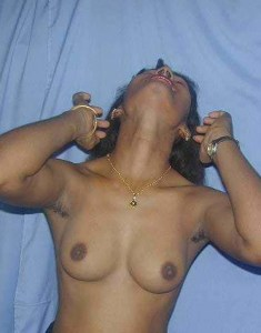 horny titts indian desi pic