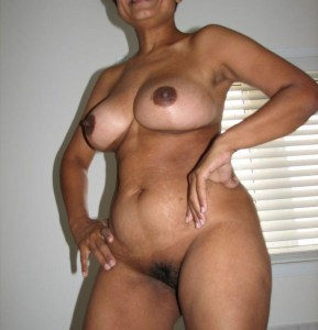 hot desi bhabhi naked tits