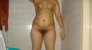 indian bhabhi naked nasty bath