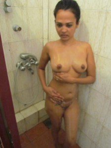indian amateur girl fully naked pic