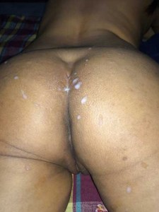 Desi girl hot cummed on big round ass