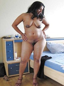 Desi aunty full nude bathing hot pic