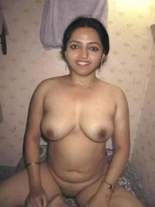 hot Indian MILFs