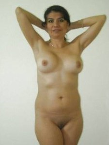indian MILF nude shaved pussy