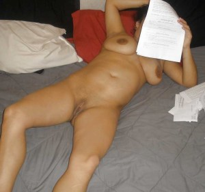 young desi chubby wife nude pic