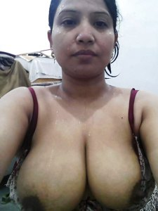 Aunty desi indian naked xx tit