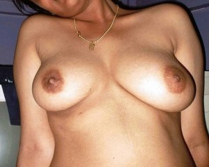 Desi tits naked pic