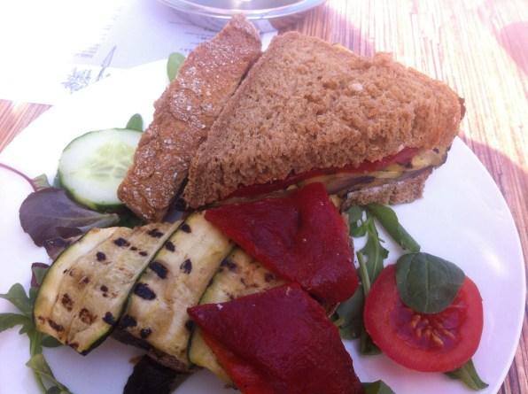 Brood met groente...