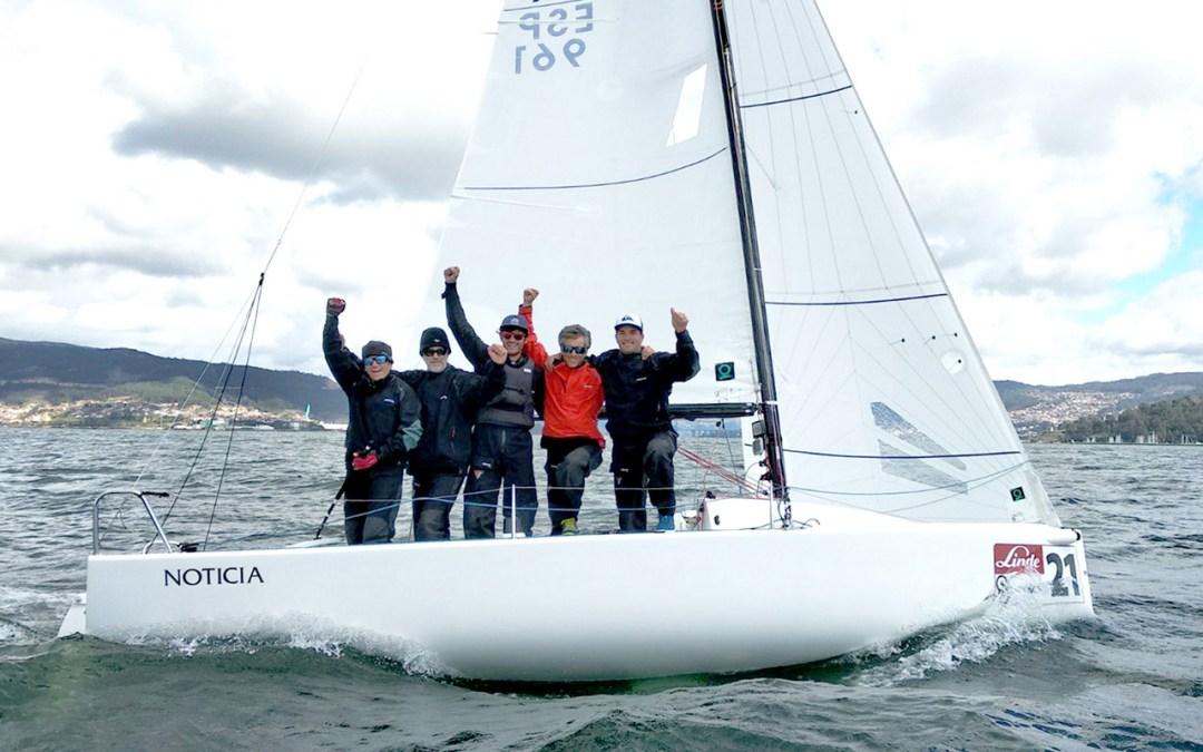 El Noticia sentencia el Trofeo Linde Sogacsa de J70 ganando la última Serie en la Ría de Vigo