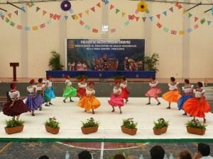 Danza folclórica/Cortesía: Esther Zúñiga