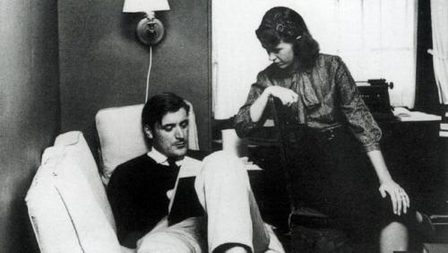 Ted Hughes y Silvia Plath en Bostón, 1958 / Fuente: http://www.theaustralian.com.au/