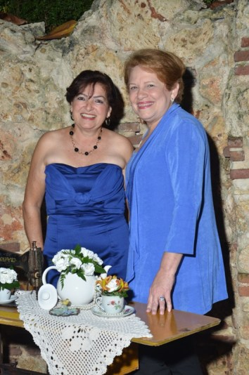 Elvira Cueto y Nancy Alam