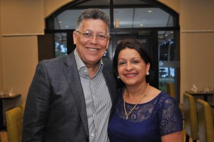 Ramon Santiago y Zoila Susao de Santiago