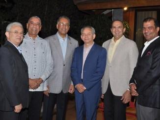 Ambiorix Rivera, Luis Arias, Simón Lizardo, Luis Rivera, Mícalo Bermúdez y Soto Bermúdez