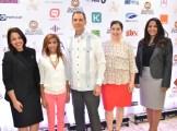 Gilse Echavarría, Zonia Tejada, Greg Troncoso, Raquel Cueto y Vanesa Reynoso.